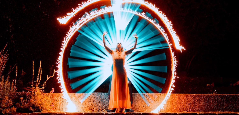 TfP – Lightpainting – the goddesses of light